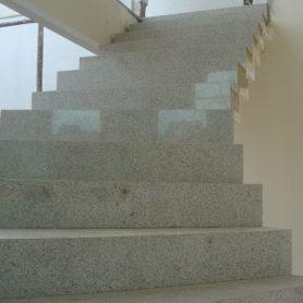 Escada Granito Siena
